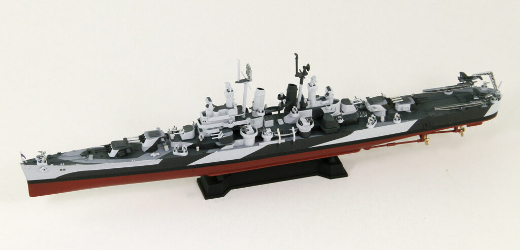 W209E 1/700 アメリカ海軍 軽巡洋艦 CL-89 マイアミ エッチングパーツ付き