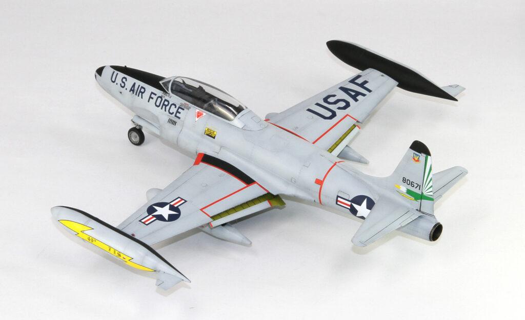 L4821 1/48 T-33A 練習機 後期型