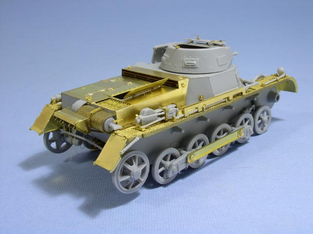 LE3536 1/35 WWII ドイツ陸軍 1号戦車B型用 エッチングパーツ