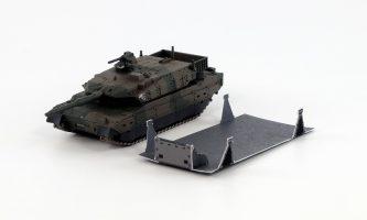 PD09「ガールズ&パンツァー」蝶野 亜美 一等陸尉&1/144 陸上自衛隊 10式戦車