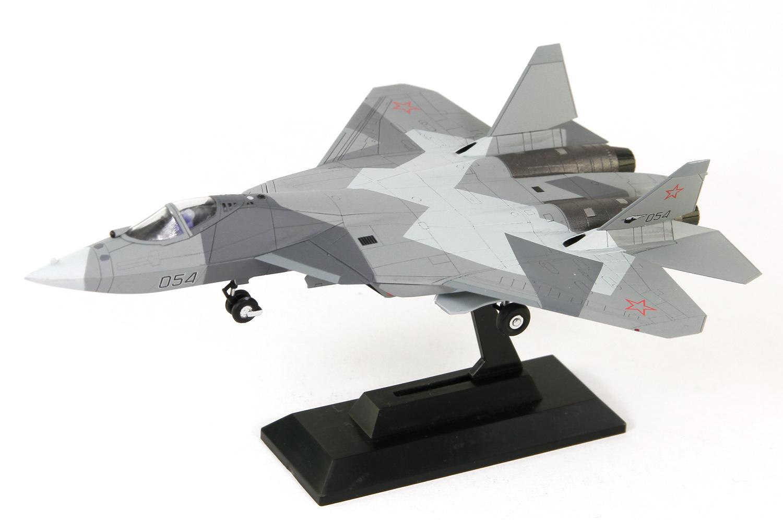 SNP13 1/144 ロシア空軍 戦闘機 Su-57 塗装済みプラモデル